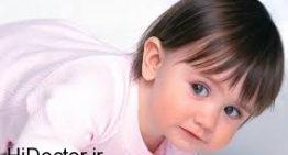 از بردن تیغ به سمت موهای نوزاد خودداری کنید