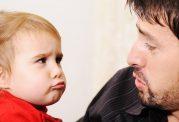 حسادت اطفال به در گوشی های والدین