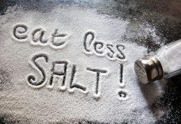 آیا استفاده از نمک سبب بوجود آمدن  سردرد میشود؟