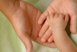 چاقی مادران و تاثیرات منفی آن روی نوزاد