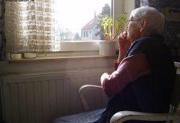 تنهایی و انزوا در سالمندان