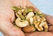 کاهش  ریسک مرگ  به علت دیابت با  خوردن ده گرم آجیل در روز