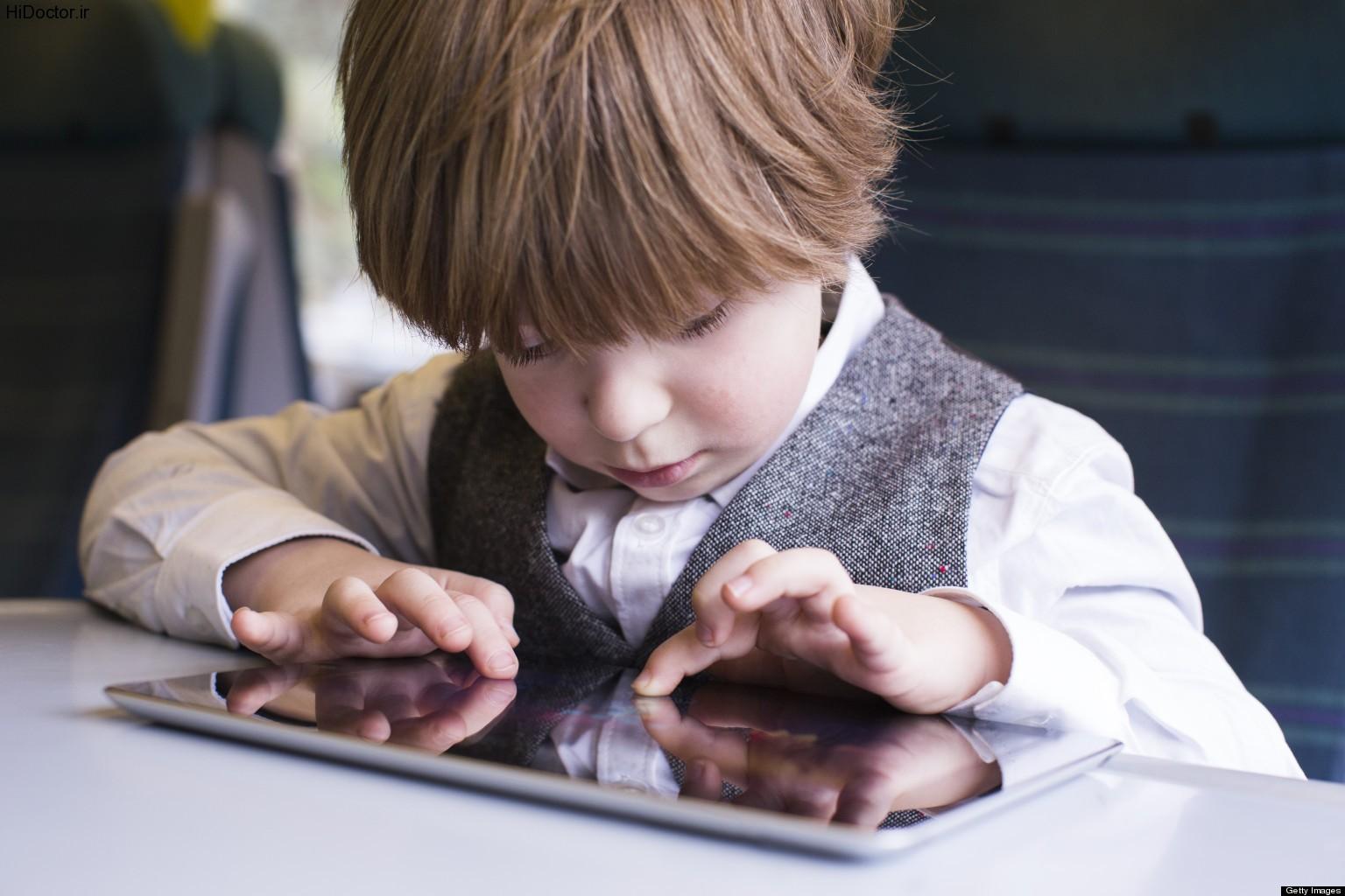 عواقب مضر بازی با تبلت و موبایل