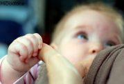 علائم کم بودن شیر مادر