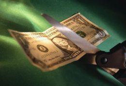 عادات منجر به بی پول شدن شما