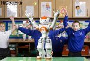 حضور ربات ها در بین دانش آموزان