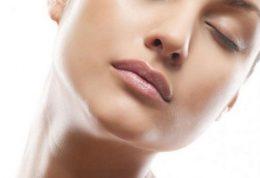 آیا آموزش ماساژ صورت بر زیبایی ما تاثیر دارد؟