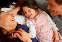 فرزندان شاد در بستر خانواده ای شاداب