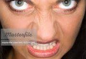دندان قروچه و زشت شدن چهره