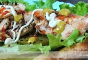 مرغ خامه ای لای ساندویج