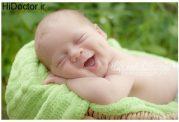 علت لبخند نوزادان پس از تولد
