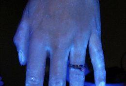 تستی ساده برای تشخیص میکرب روی دست ها