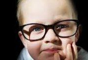 اهمیت پیگیری مشکلات بینایی از کودکی