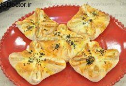 بقچه چهارگوش پنیر و جعفری