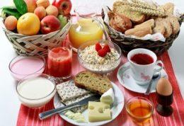 اهمیت صبحانه خوردن برای دختران جوان