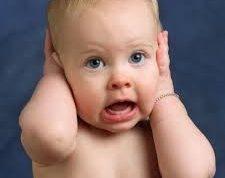 سمعک خریدن برای اطفال با مشکلات شنوایی