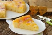 کیک با لایه ای از هلو