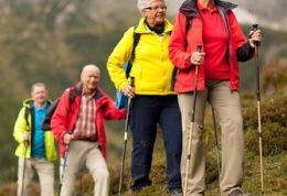 افراد سالمند و راه رفتن