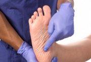 صاف شدن کف پا و این آسیب ها