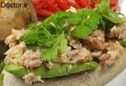 مواد لازم برای تهیه نوعی ساندویچ با خرچنگ