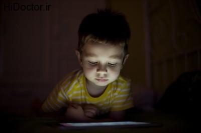 اهمیت فاصله گرفتن تلفن همراه با اطفال در هنگام خواب