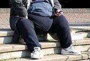 چاقی و اضافه وزن با سبک زندگی امروزی