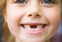 عامل تخریب دندان ها در سنین پایین
