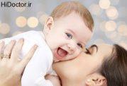 روانشناسی بوسه زدن بر کودک