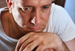 افسردگی اساسی همراه با ویژگی های روان پریشی