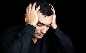 من کاملا احساس درماندگی می کنم. چطور می توان به خودم کمک کنم؟