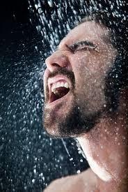 دوش آب سرد و این همه فایده
