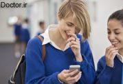 تلفن همراه و ضربه به محصلین