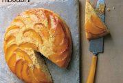 کیک با تزیین هلو