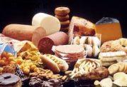 آیا چاقی به علت  پرخوری است؟