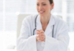 مشکلات زنانه و مراجعه به پزشک زنان