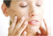 پوست چرب و مرطوب کننده های مخصوص این نوع پوست