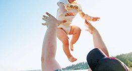 هرگز فرزندتان را به آسمان پرتاب نکنید