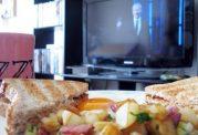 مصرف انواع غذاها مقابل تلویزیون