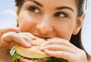 خود را با بیش از حد خوردن مریض نکنید