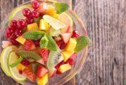 اهمیت استفاده از میوه آبدار