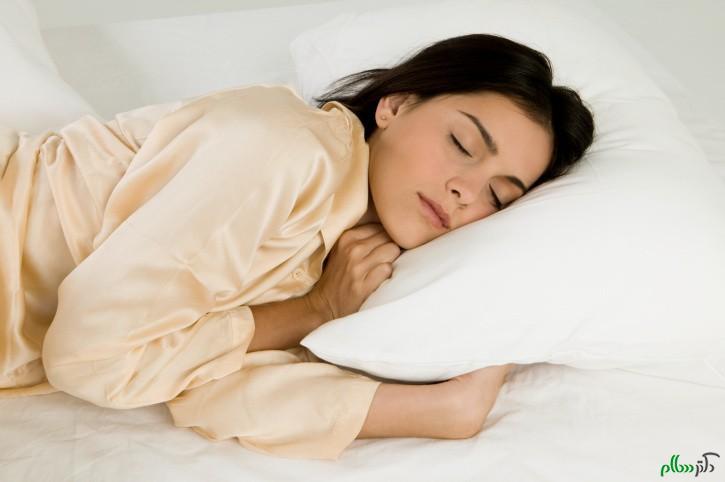 خانم ها بخوانید/ آیا خوابیدن با سینه بند اشتباه است؟