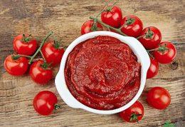 چگونه به شیوه کامل و صحیح رب گوجه فرنگی درست کنیم