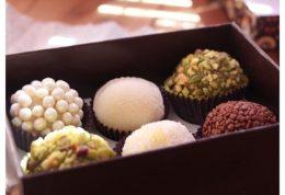 مصرف شیرینی جات و احساس شادی