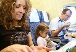آمادگی دادن به خردسالان برای سفر با هواپیما