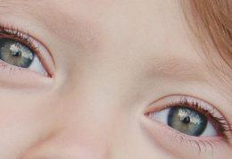 آسیب دیدن چشم کودک + توصیه های مهم [فیلم]