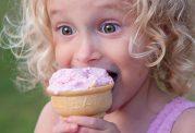 خوردن بستنی و تاثیرات منفی آن بر اطفال