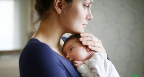 افسرده شدن مادر پس از بارداری