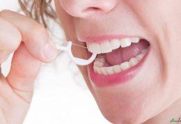 نخ دندان کشیدن و تاثیرات مثبت آن