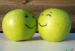 مرتب میوه بخورید و احساس شادی کنید