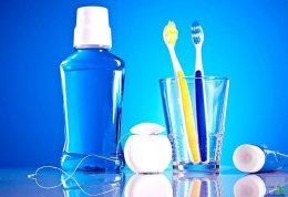 خمیر دندان یا دهان شویه؟ کدام بهتر است؟
